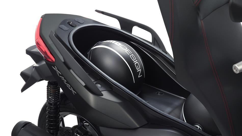 2016-Yamaha-X-MAX-250-ABS-EU-Stonehenge-Grey-Detail-004