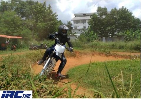 Mau Main Motocross Untuk Pertama Kalinya? Biar Aman, Yuk Pelajari Basic Skillnya!