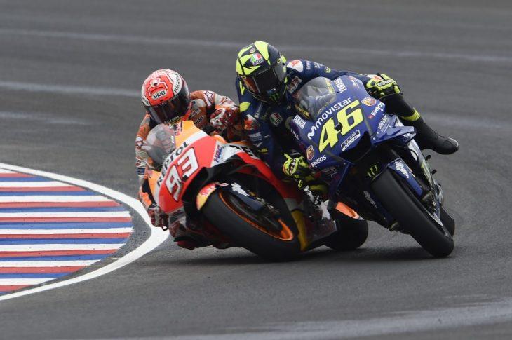 MotoGP Argentina 2018: Duel Valentino Rossi VS Marc Marquez Berlanjut, No Etchic, Less Respect!