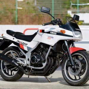 Yamaha R25M 4 Silinder